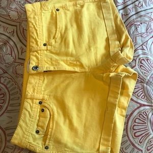 Like new yellow shorts